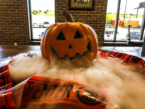 DIY Fuming Jack-O-lantern with dry ice